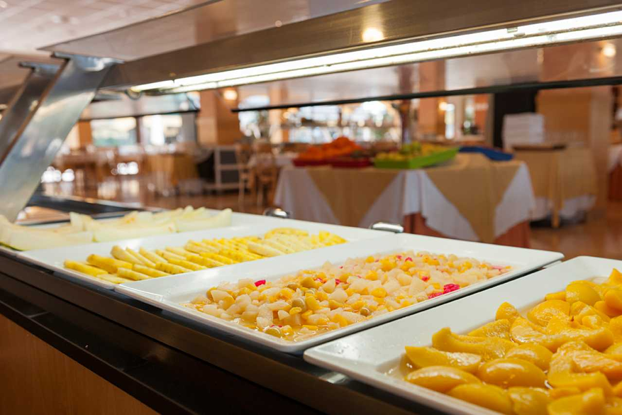 What meals are included in all inclusive hotel benidorm for All inclusive food and drink resorts